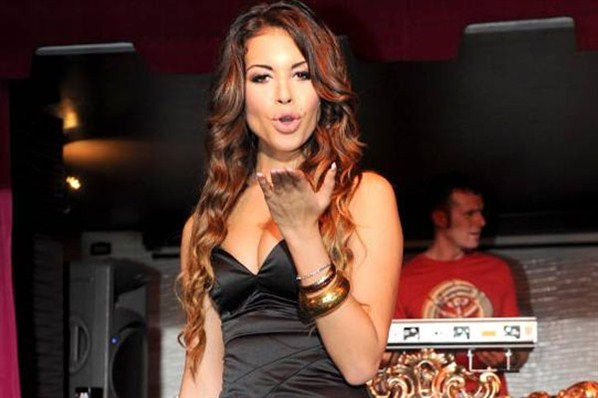 """Ciao Bello"" – Ruby Rubacuori est la jeune prostituée qui a fait tomber BerlusconiPhoto: msn.de"