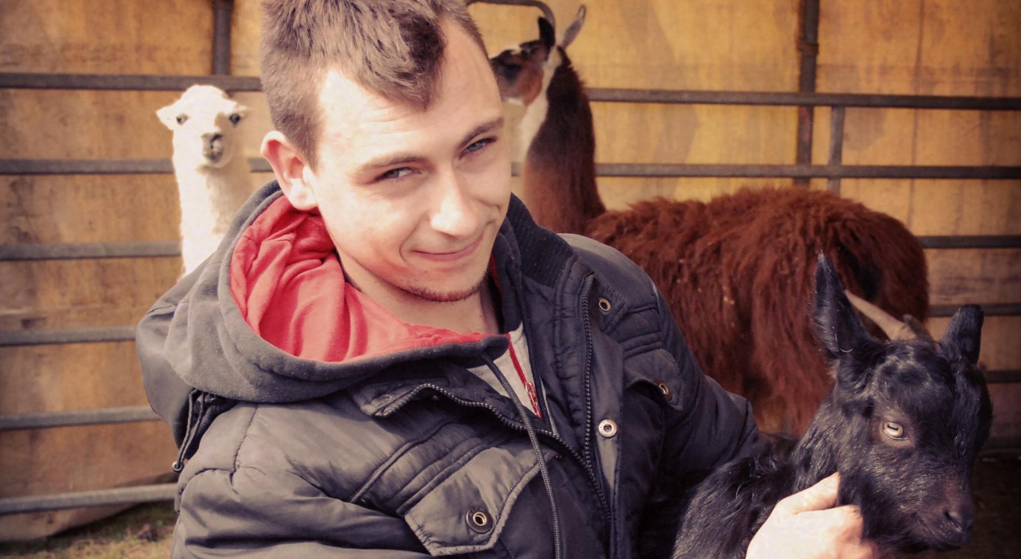 Ceci n'est pas un cow-boy. Adriano Sperlich est dresseur de chameaux au cirque.